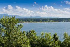 A beautiful view of Douglas Lake near Pigeon Forge