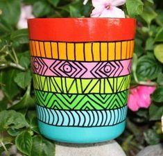 Flower Pot Art, Flower Pot Design, Painted Plant Pots, Painted Flower Pots, Pots D'argile, Clay Pots, Decorated Flower Pots, Pottery Painting Designs, Clay Pot Crafts