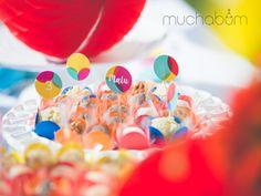 Festa Confete - veja mais em facebook.com/muchabum ou entre no link do site. #muchabum #muchabuminspira #festapersonalizada #festinhapersonalizada #festaemcasa #festanaescola #partyinspiration #partydecoration #inspiracaofesta #cumpleanosinfantiles #kitfesta #festaconfete #festabolas #confettiparty #confettiinspiration #lancaconfete