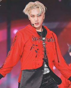 160618   Suwon Kpop Super Concert   ©jonginnet . . #kimjongin #kaisoo #kai #jongin #kkamjong #sekai #sehun #chanyeol #chanbaek #baekhyun #lay #xiumin #kyungsoo #Dancingmachine #exo #exok #suho #chen #엑소 #카이 #김종인