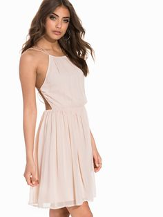 Geometric Back Dress - Nly One - Peach - Juhlamekot - Vaatteet - Nainen -  Nelly b1e62f9ddc
