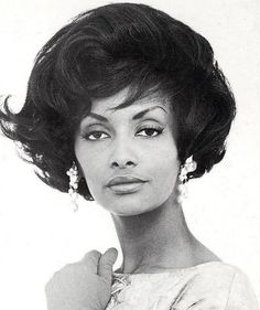 Helen Williams; first black mainstream supermodel in the 1950s; love her hair