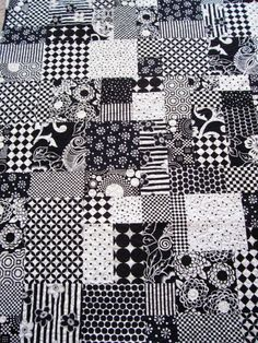 Lap Quilt Modern Black and White Free U.S. by NeverNotQuilting