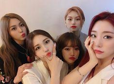 "DOYEON 김도연 ❄️ on Instagram: ""Somi IG Update with Yoojung, CLC Eunbin, WJSN Yeonjung"""