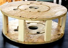 diy project: shelly's salvaged spool ottoman – Design*Sponge Round Tufted Ottoman, Diy Ottoman, Ottoman Design, Shoe Storage Ottoman Diy, Round Storage Ottoman, Storage Bins, Diy Furniture Projects, Easy Diy Projects, Wooden Cable Spools