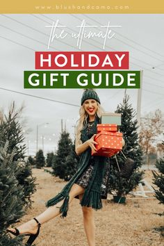 The holidays are upon us friends! Are you like me? Do you want something great to give that's under $25? Or how about something for your pet? Need another gift idea? Then you'll love my ultimate gift guide for 2020! I've scoured the internet so you don't have to! Enjoy! #giftsunder$25 #giftsforpets #giftideas