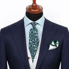 The new Indigo floral tie and Green edge pocket square.   #grandfrank  www.Grandfrank.com