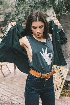 looks de moda braless Böhmisches Outfit, Shirt Outfit, Hipster Outfits, Cute Outfits, Anna Speckhart, Foto Pose, Sensual, Look Cool, Nice Dresses