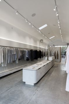 Considered design for women and men. Clothing Store Interior, Clothing Store Design, Boutique Interior, Boutique Design, Commercial Design, Commercial Interiors, Modegeschäft Design, Dressing Room Mirror, Interior Design Guide