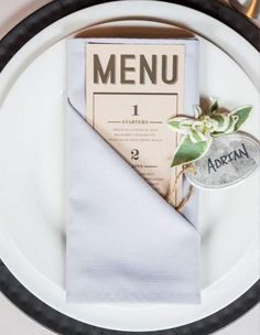 Folding your menu into a napkin is a great way to keep things simple and compact. Your guests will know exactly what they're in for with the easily readable numbered courses. @myweddingdotcom