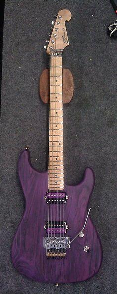 Purple Love de Luxxtone Guitars. Retrouvez des cours de #guitare d'un nouveau genre sur MyMusicTeacher.fr