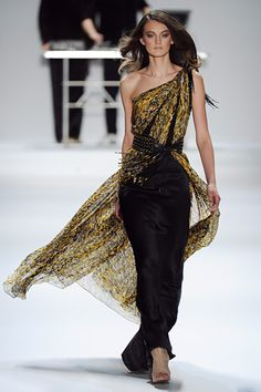 Strands and Layers. LoVe. Carlos Miele. Fall/Winter 2012. NYFW. Follow Tweets and Pins @Giselle Ugarte