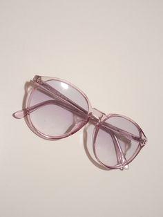 5068afbd88ec7c Bonjour, ce sont des lunettes de soleil fantaisiste, j ai déjà des lunettes