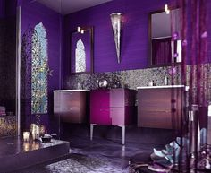 I love deep purple for a bedroom and this is gorgeous!!