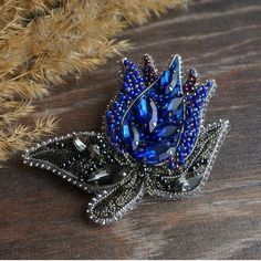 Автор @lena_tom 〰〰〰〰〰〰〰〰〰〰〰〰〰〰 По всем вопросам обращайтесь к авторам изделий!!! #ручнаяработа #брошьизбисера #брошьручнойработы #вышивкабисером #мастер #бисер #handmade_prostor #handmadejewelry #brooch #beads #crystal #embroidery #swarovskicrystals #swarovski #купитьброшь #украшенияручнойработы #handmade #handemroidery #брошь #кольеручнойработы #кольеизбисера #браслеты #браслетручнойработы #сутажныеукрашения #сутаж #шибори #полимернаяглина #украшенияизполимернойглины