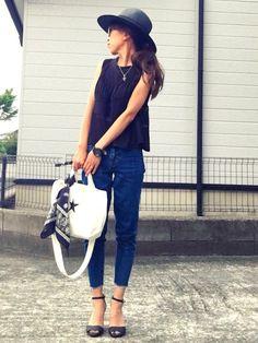 ☻おまゆ|MOUSSYのハットを使ったコーディネート - WEAR Fasion, Fashion Outfits, Womens Fashion, Ladies Fashion, Capri Pants, Spring Summer, Street Style, Denim, Lady