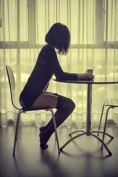 This is just a beautiful portrait of a young woman. Coffee Girl, Coffee Break, Morning Coffee, Photo Poses, Sensual, Belle Photo, Portrait Photography, Beautiful Women, Glamour