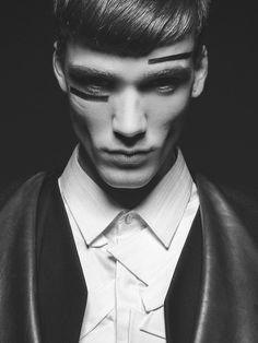 Marc Luloh by Ioanna Chatziandreou - Chasseur Magazine