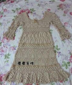 Ajurata rochie croșetat