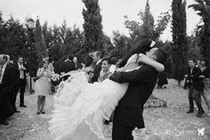 YolanCris |Paloma elige el vestido Bulgaria de la colección Ibiza para su boda en Medina de Pomar  #novias #brides #weddingdress #bridalgown