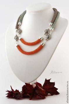 Kumihimo statement necklace with focal beads. Rope Jewelry, Rope Necklace, Jewelry Crafts, Beaded Jewelry, Handmade Jewelry, Beaded Necklace, Wire Earrings, Handmade Necklaces, Crochet Necklace