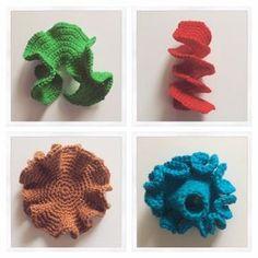 gehäkelte Korallen Anleitungen und Arbeitsblätter für den Handarbeitsunterricht findet ihr auf meinem Blog.