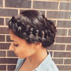 bright & sunny braid crown. By Marisol for goldplaited finishing salon, Chicago IL. #braid #braidcrown
