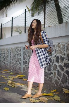 Complement an occasion look utilizing a beautiful signal to produce a beautiful outfit. Stylish Summer Outfits, Stylish Dresses, Classy Outfits, Chic Outfits, Trendy Outfits, Fashion Dresses, Fashion Clothes, Look Fashion, Indian Fashion
