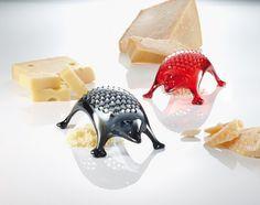 Ralador de queijo divertido.