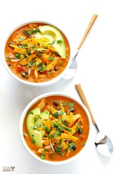 20-Minute Cheesy Chicken Enchilada Soup | gimmesomeoven.com // I'm going to make this with fake chicken.
