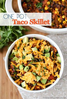Easy one pot taco skillet recipe (with & without pasta!) - this is great for family dinners, picnics, and more!