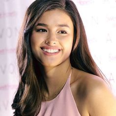 Are you searching for hair care tips? Hairstyle For Round Face. Liza Soberano, My Ex And Whys, Filipina Beauty, Hot Hair Styles, Asian Hair, Hair Care Tips, Beautiful Celebrities, Beautiful Women, Hair Looks