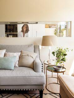 〚 Wonderful transformation in Spain 〛 ◾ Photos ◾Ideas◾ Design Home Decor Bedroom, Interior Design Living Room, Cozy Interior, Apartment Chic, Interior Design, Home Decor, Room, Yellow Living Room, Home Deco