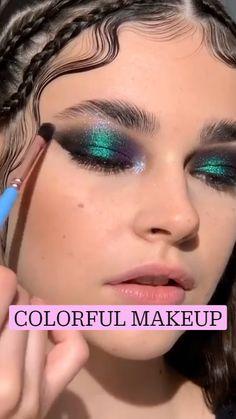 Smoke Eye Makeup, Eye Makeup Art, Skin Makeup, Eyeshadow Makeup, Makeup Brushes, Edgy Makeup, Makeup Eye Looks, Dramatic Makeup, Natural Makeup Looks