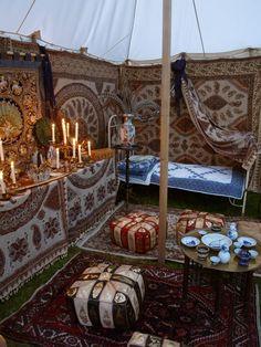 Das Zelt der Wahrsagerin  #Zigeuner #Orient #Eventdekoration