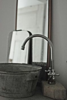 galvanized buckets and tubs make great sinks. utility sink