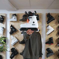 #aggressiveinline #rollerblade #patin #inlineskate Aggressive Skates, Skateboard Ramps, Inline Skating, Classic Looks, Wheels, Action, Street, Fitness, Sports