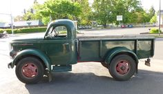 REO Pickup Truck -- It is my new obsession to find and restore one of these into a working farm truck...