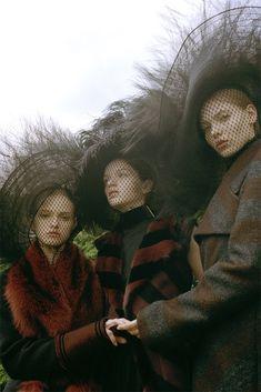 Avery Blanchard, Katya Ledneva, & Eva Klimkova by Michal Pudelka featuring Marc Jacobs Fall '15 for Vogue Japan October 2015