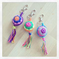 I have crocheted the heart in a purple cotton yarn. Crochet Mandala, Crochet Motif, Crochet Doilies, Crochet Flowers, Crochet Patterns, Diy Crochet Amigurumi, Crochet Crafts, Crochet Projects, Crochet Lanyard
