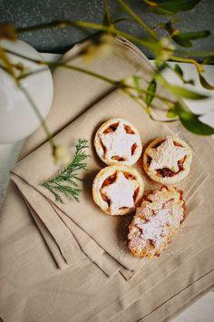 Asia's White Kitchen: Babeczki z jabłkiem i suszoną wiśnią
