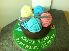 Knitting themed cake