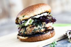 This is going on my plate TONIGHT! Spinach Feta Turkey Burger | www.foodiewithfamily.com