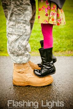 Military father/daughter <3  Seattle Flashing Lights Photography