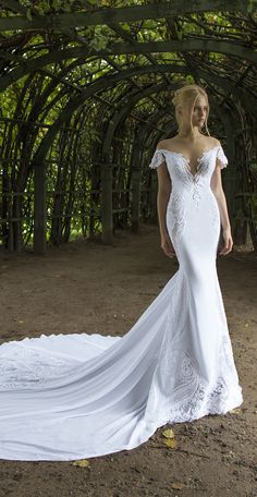 Nurit Hen 2017 – Ivory & White Bridal Collection Dress designed by Nurit Hen VIEW POST VIEW GALLERY