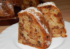 Enjoying Panettone: an authentic Italian tradition.The fruit pieces are my favorite part. Hungarian Recipes, Italian Recipes, Baking Recipes, Dessert Recipes, No Bake Cake, Bakery, Food And Drink, Snacks, Ring Cake