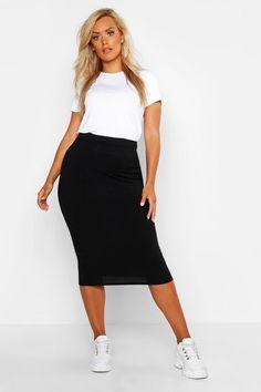 Womens Plus Rib Midi Skirt - black - 20 Bodycon Midi Skirt, Midi Skirt Outfit, Maxi Outfits, Pencil Skirt Outfits, Casual Skirt Outfits, Black Midi Skirt, Curvy Outfits, Stylish Outfits, Fashion Outfits