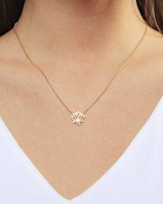 Gold Jewelry Simple, Mom Jewelry, Dainty Jewelry, Dainty Necklace, Cute Jewelry, Crystal Jewelry, Bridal Jewelry, Lotus Necklace, Jewelry Design