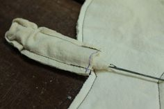 Part 1 of this tutorial is HERE . This is a little tip for turning corners while sewing anything. For your doll body, start your...