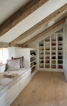 recessed shoe shelf, sloped wall